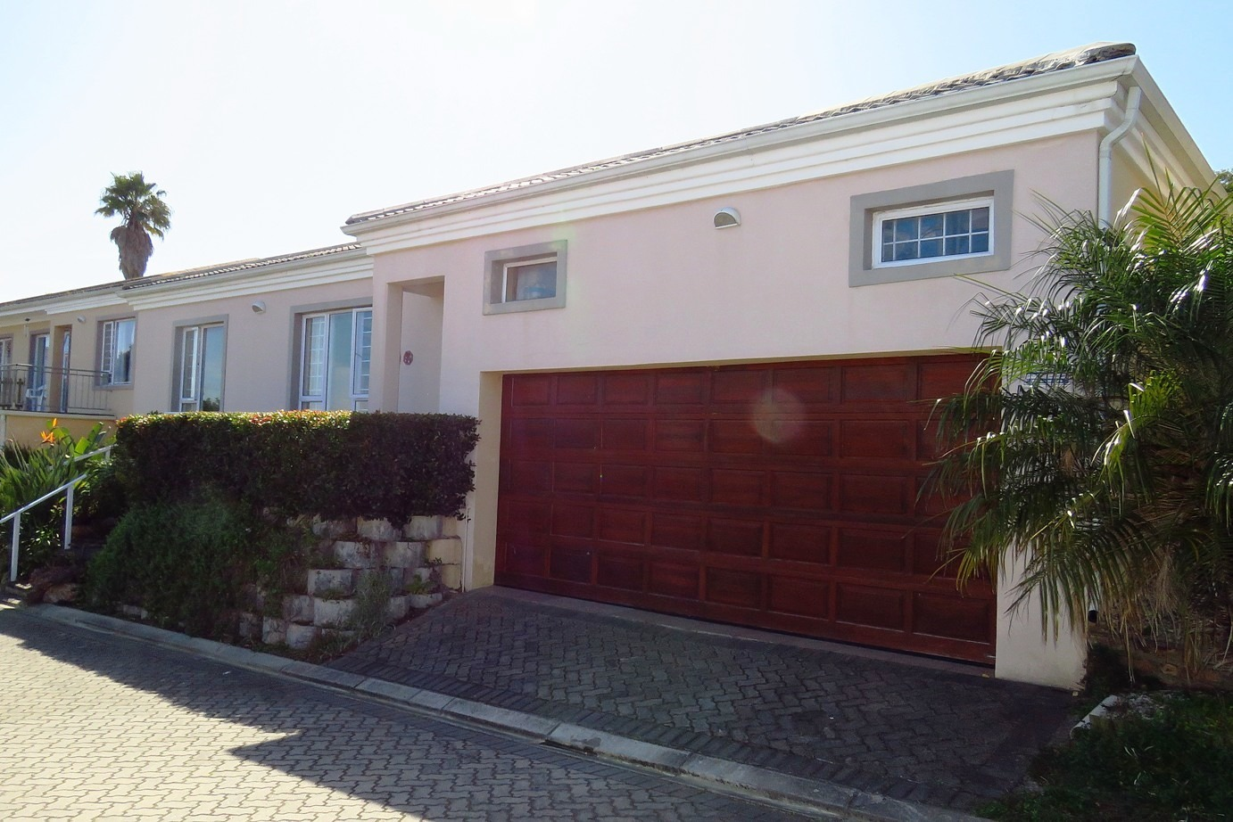 3 Bedroom House For Sale in Old Place