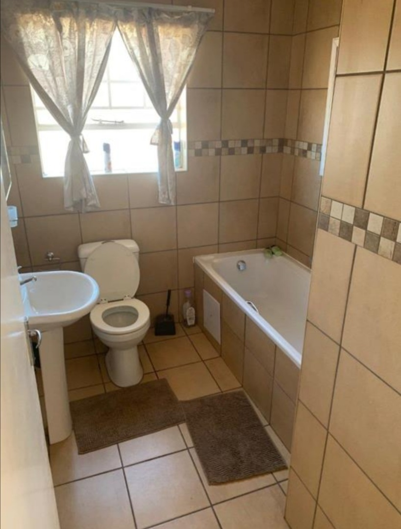 3 Bedroom House For Sale in Onverwacht
