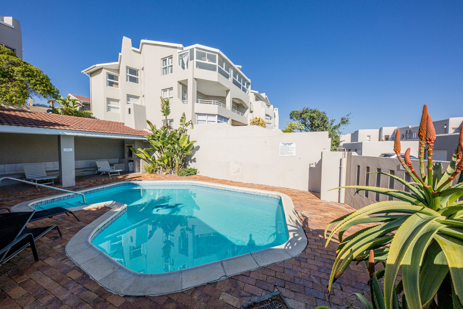 3 Bedroom Apartment / Flat For Sale in Van Riebeeckstrand