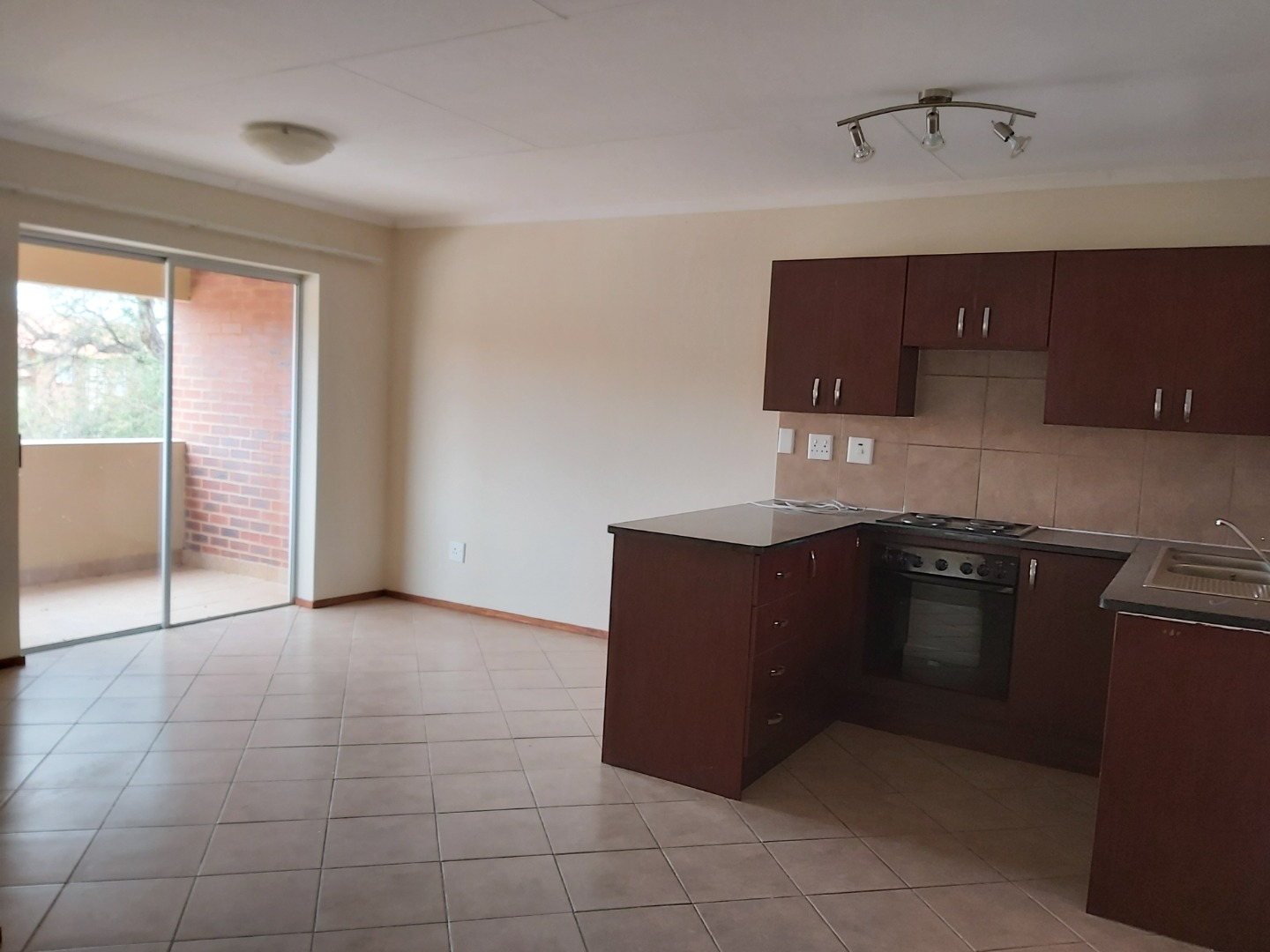 2 Bedroom Apartment / Flat For Sale in Onverwacht