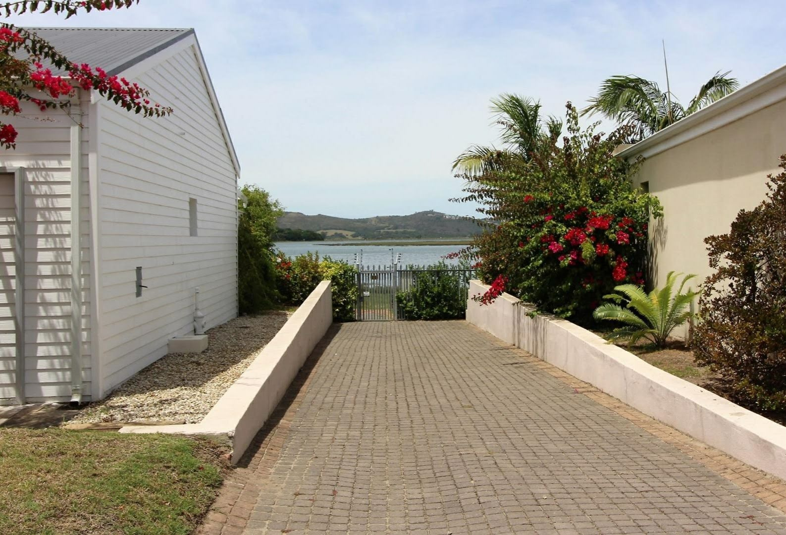 3 Bedroom Townhouse For Sale in Costa Sarda