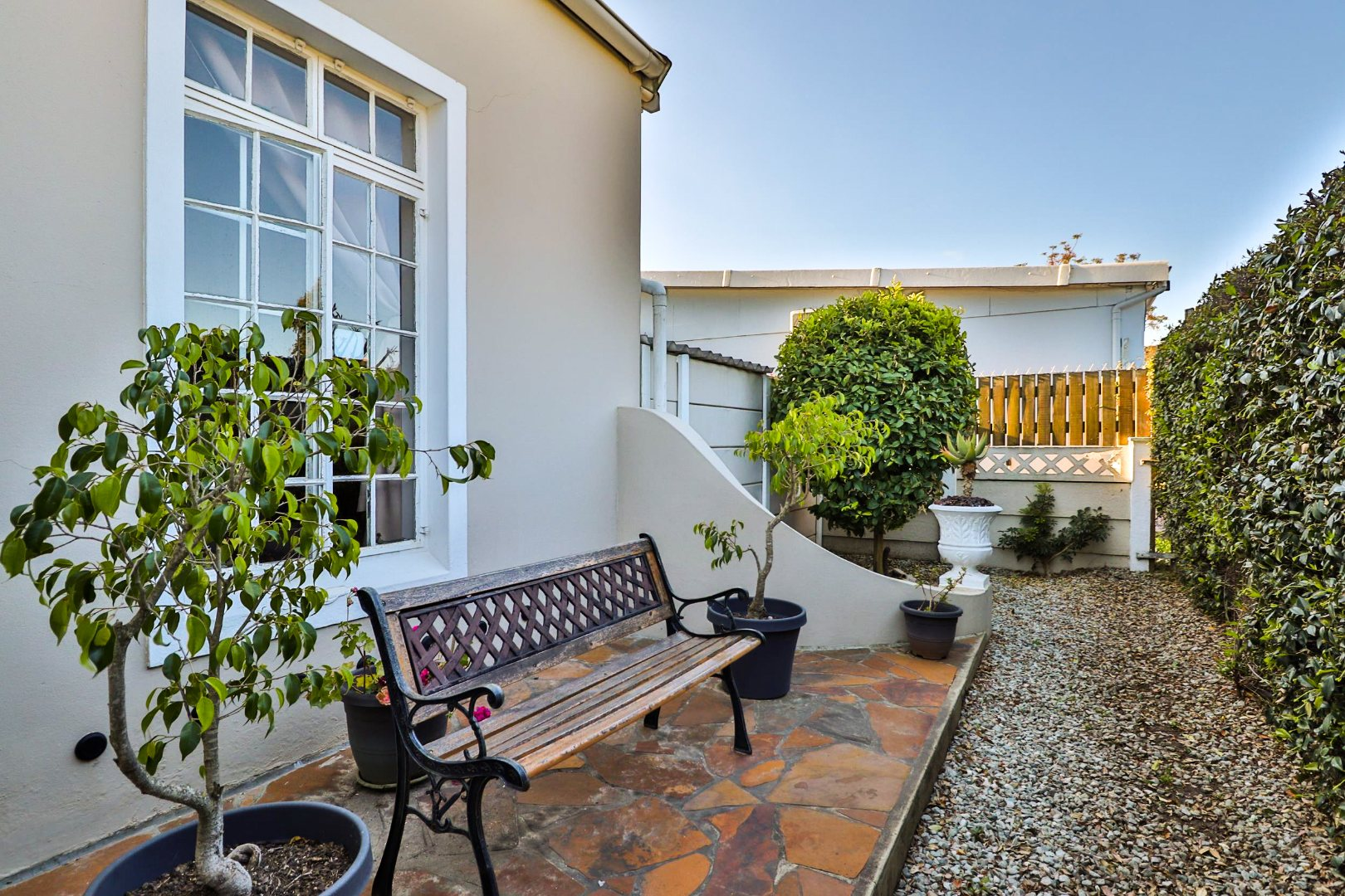 7 Bedroom House For Sale in Knysna Central