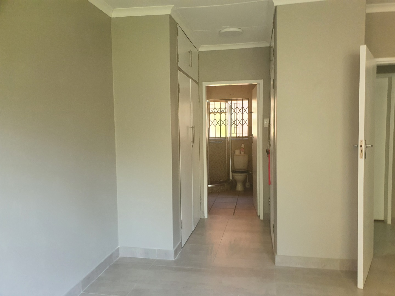 3 Bedroom Townhouse For Sale in Faerie Glen