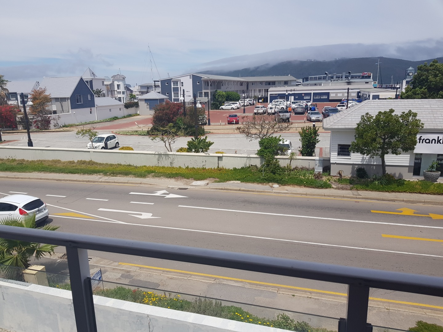 3 Bedroom Apartment / Flat For Sale in Knysna Central