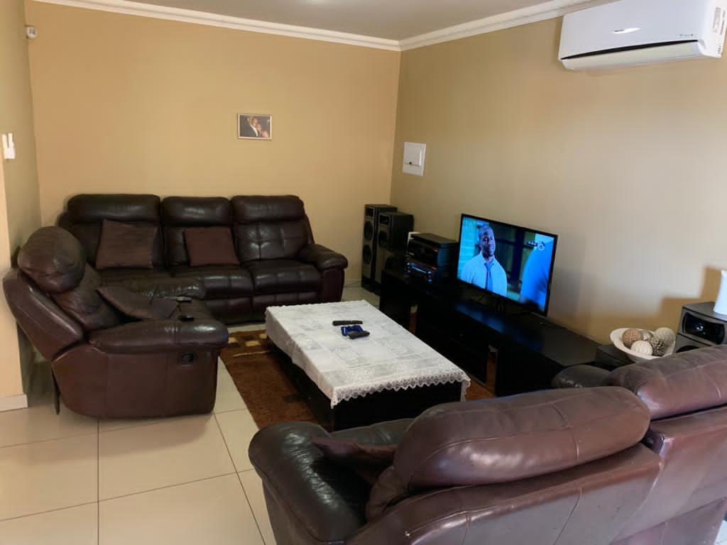 2 Bedroom House For Sale in Katutura