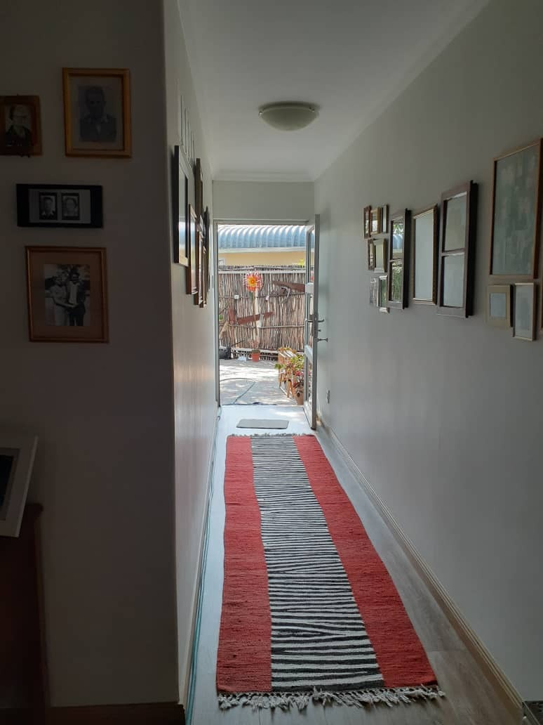 3 Bedroom House For Sale in Academia