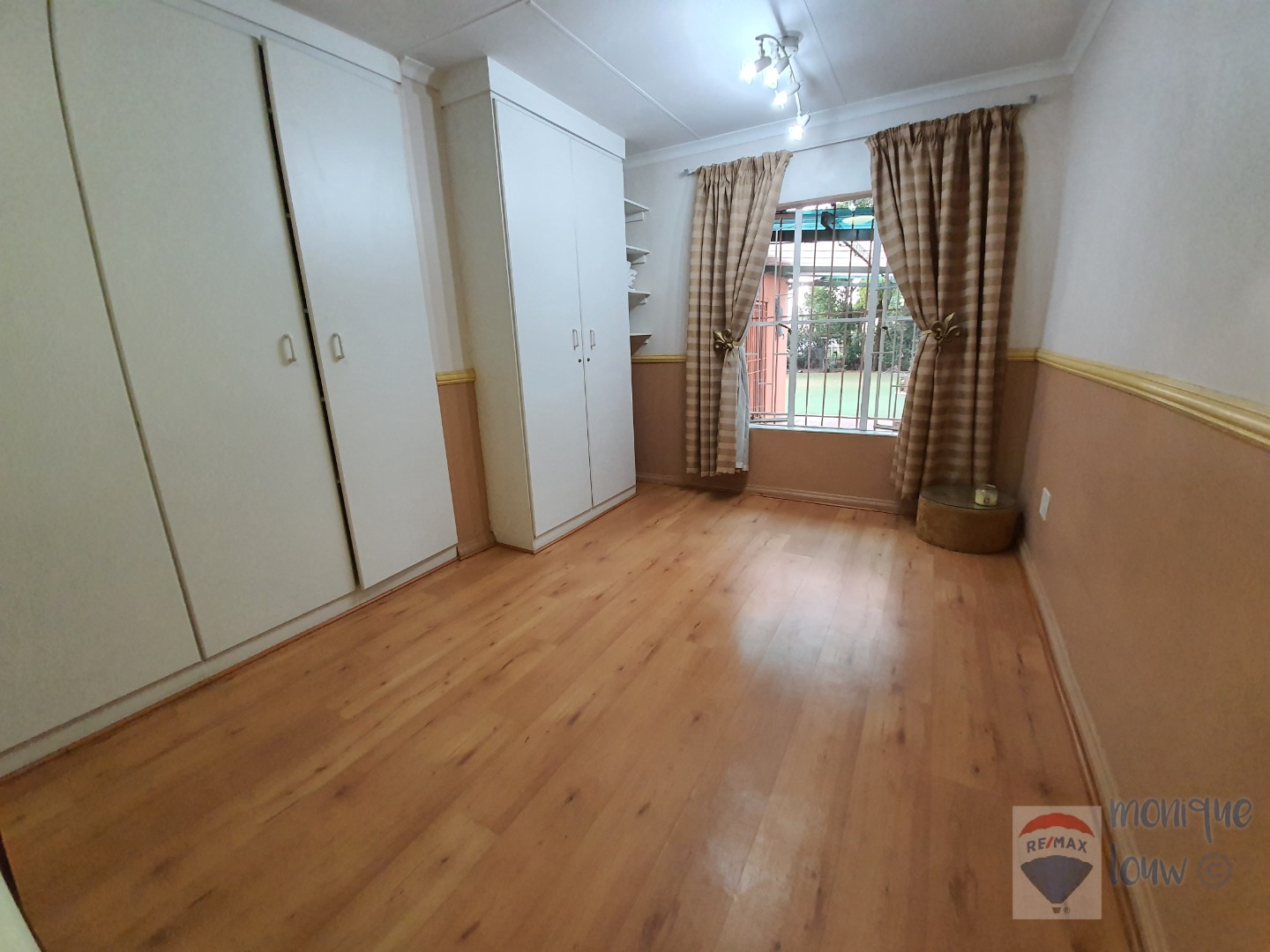 4 Bedroom House For Sale in Albertsdal