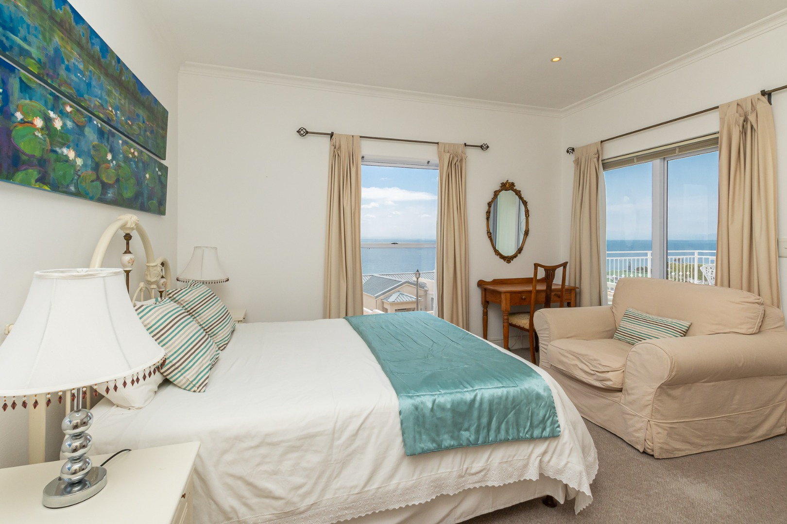 4 Bedroom House For Sale in Simons Town Central