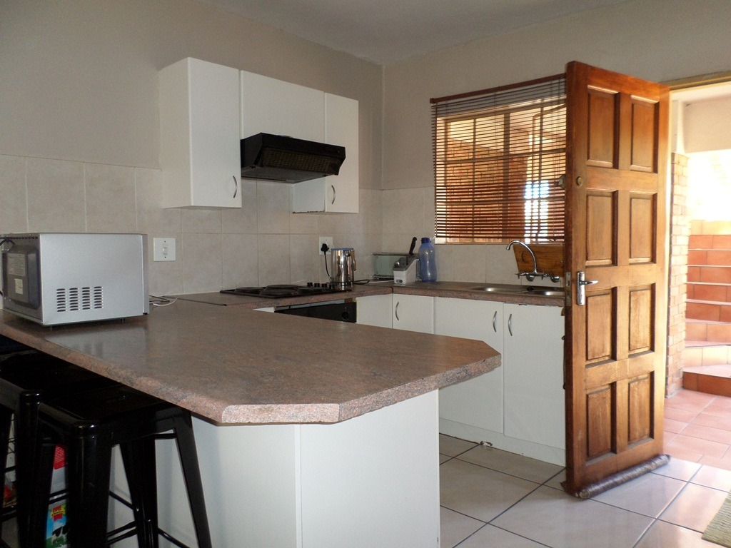 3 Bedroom Townhouse For Sale in Elandspark