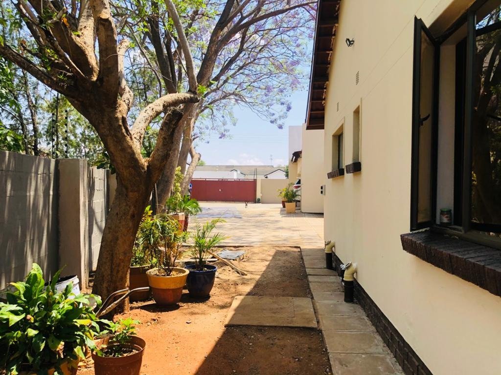 4 Bedroom House For Sale in Gaborone West Phase 1