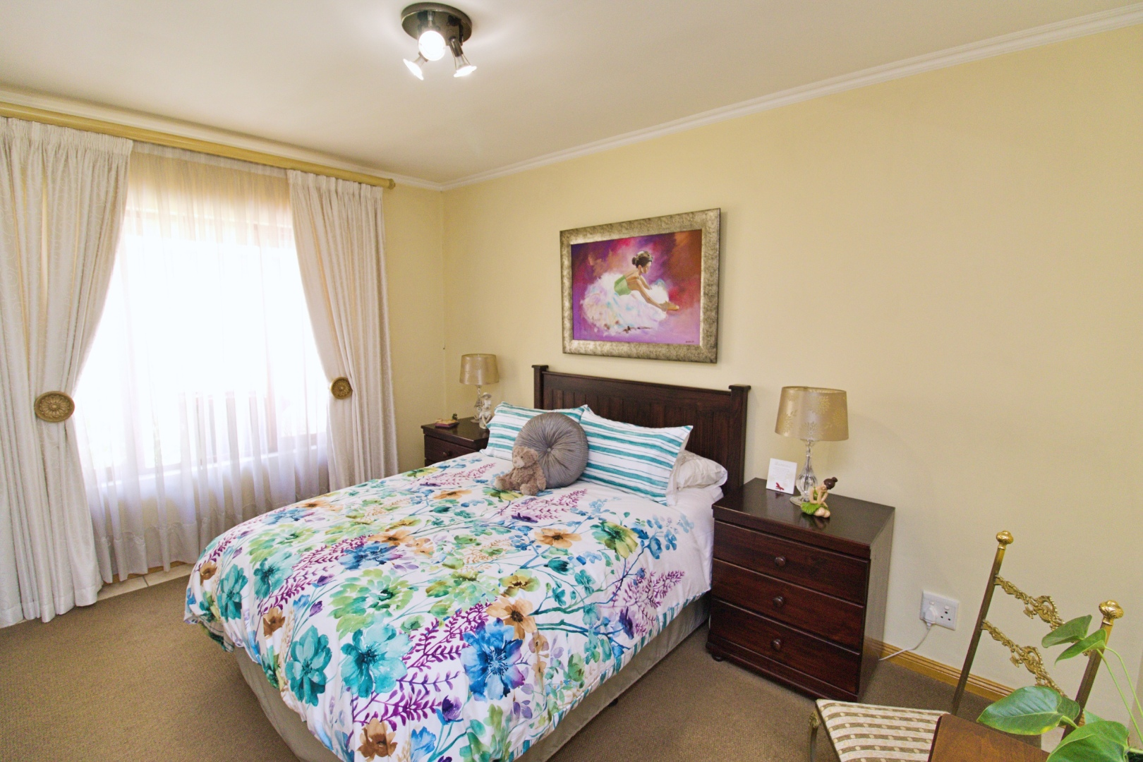3 Bedroom House For Sale in Bedfordview