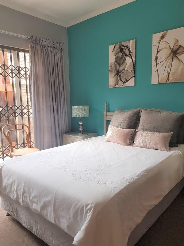 3 Bedroom Townhouse For Sale in Zwartkop