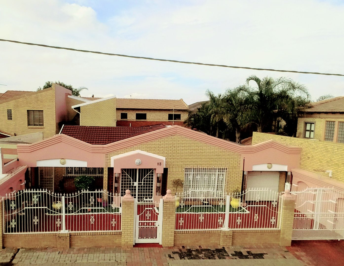 4 Bedroom House For Sale in Lenasia Ext 3