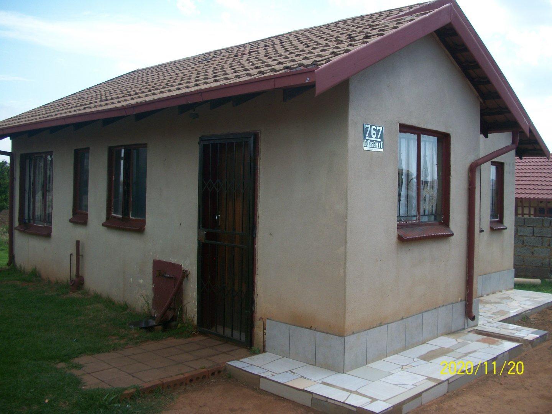 2 Bedroom House For Sale in Dobsonville Gardens