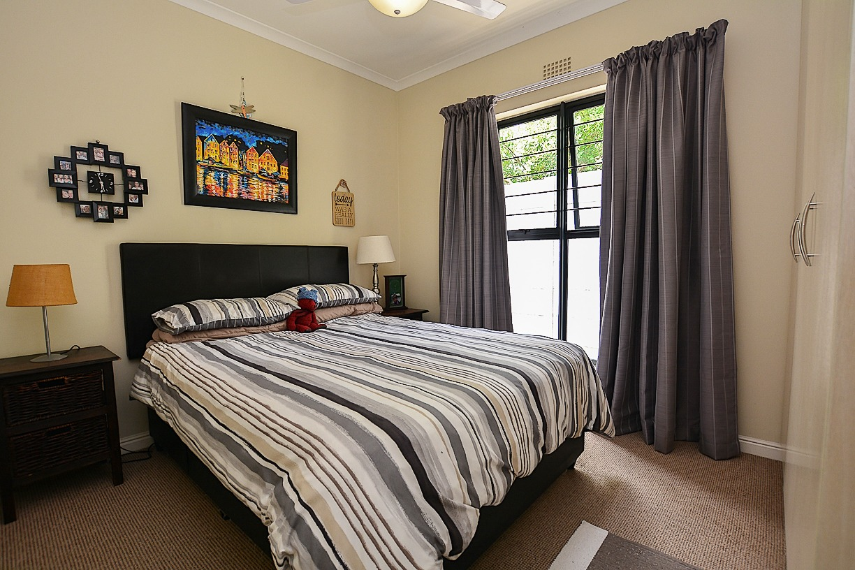 4 Bedroom House For Sale in Sunningdale