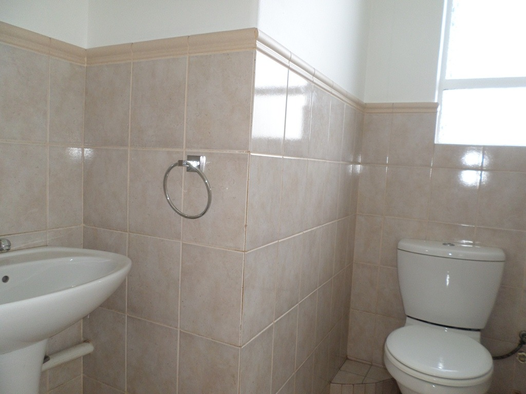 2 Bedroom Apartment / Flat For Sale in South Crest
