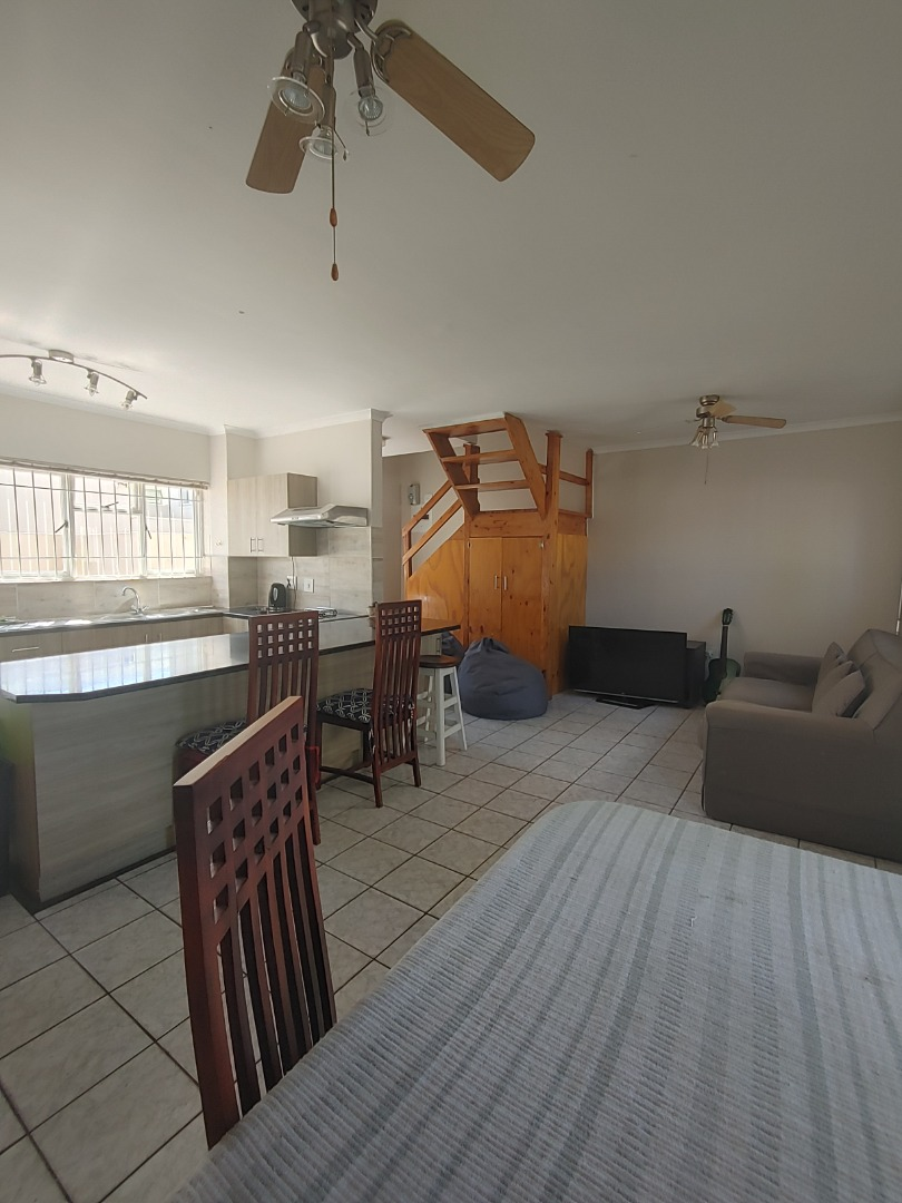 3 Bedroom Apartment / Flat For Sale in Stellenbosch Central