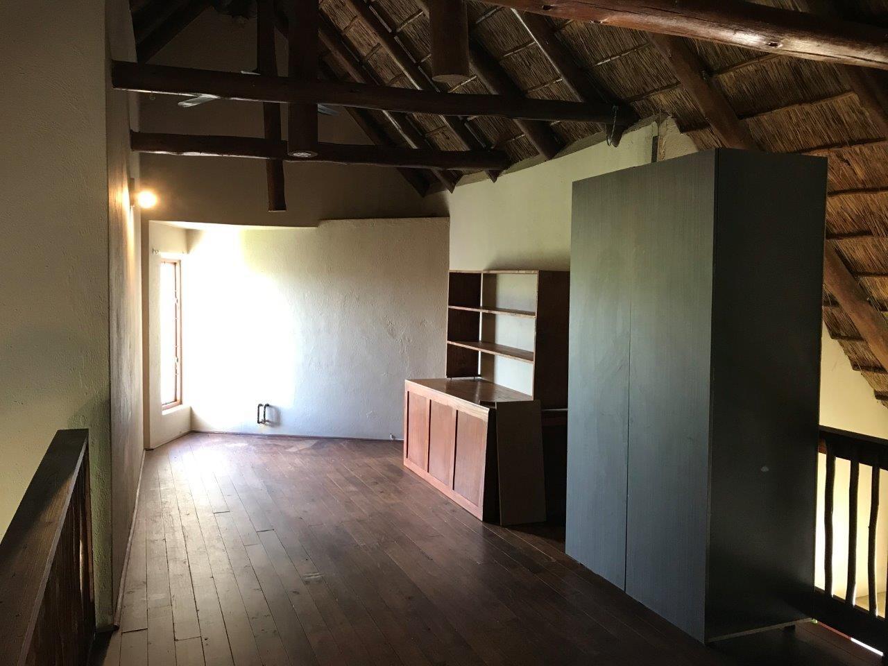 2 Bedroom Apartment / Flat For Sale in Hoedspruit