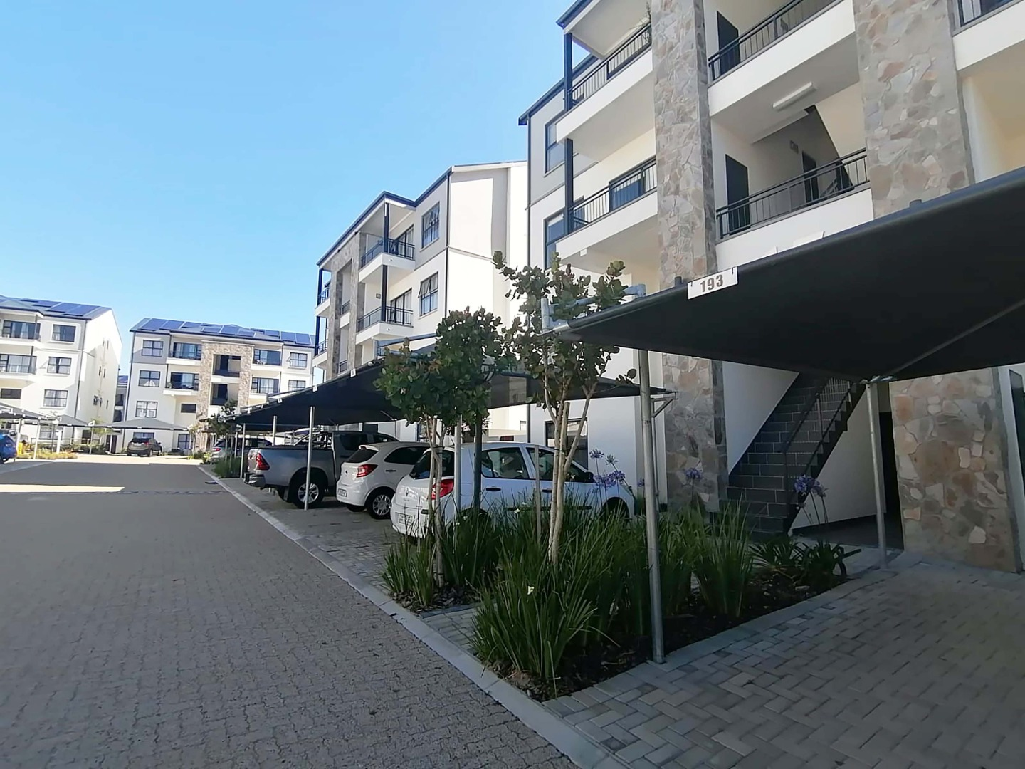 1 Bedroom Apartment / Flat For Sale in Milnerton Central
