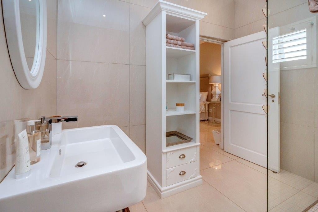 7 Bedroom House For Sale in Boskruin