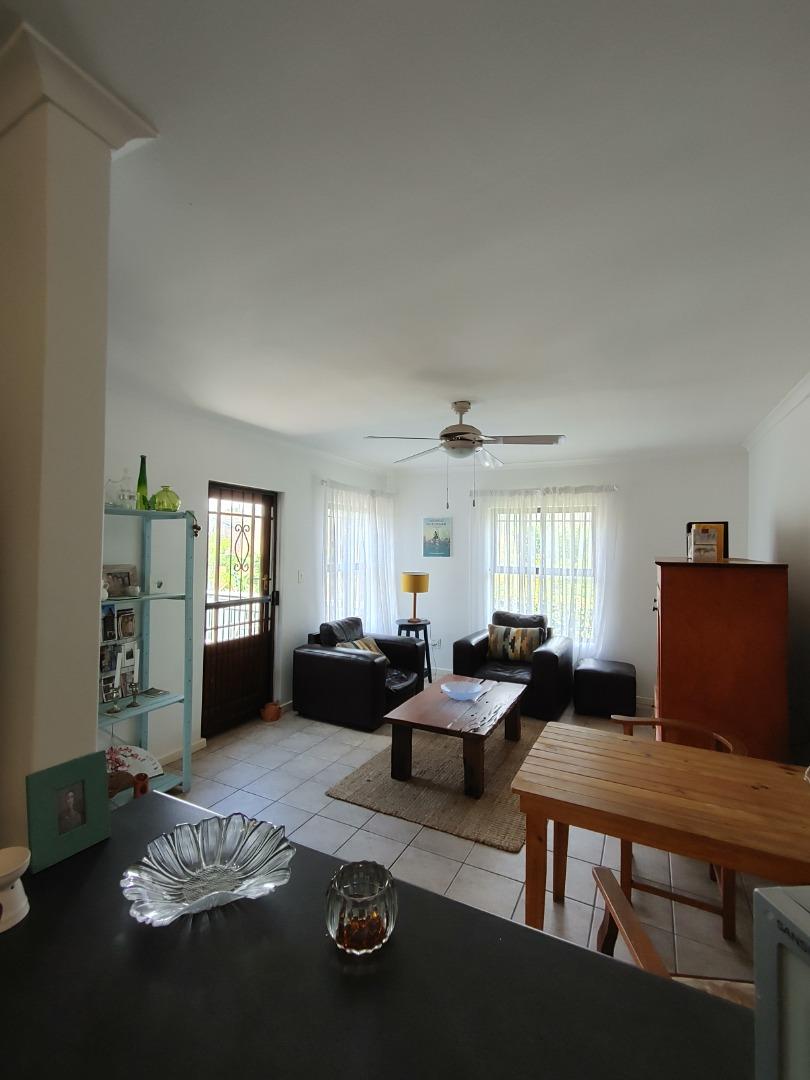 2 Bedroom Apartment / Flat For Sale in Klein Welgevonden