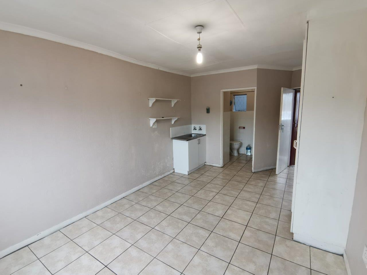 Apartment / Flat in Scottsville For Sale