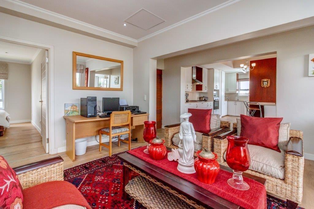 2 Bedroom House For Sale in Broadacres