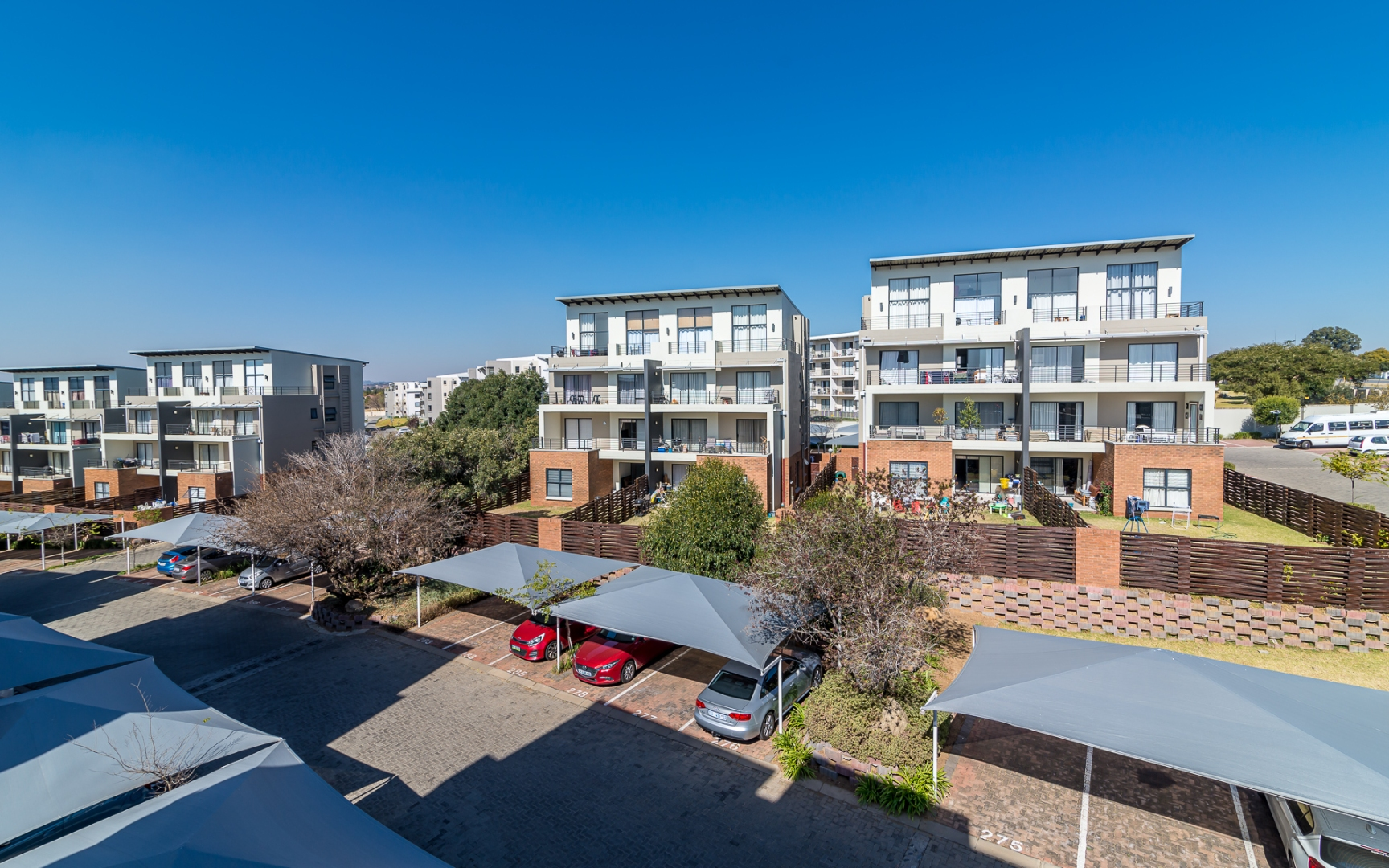 1 Bedroom Apartment / Flat For Sale in Fourways