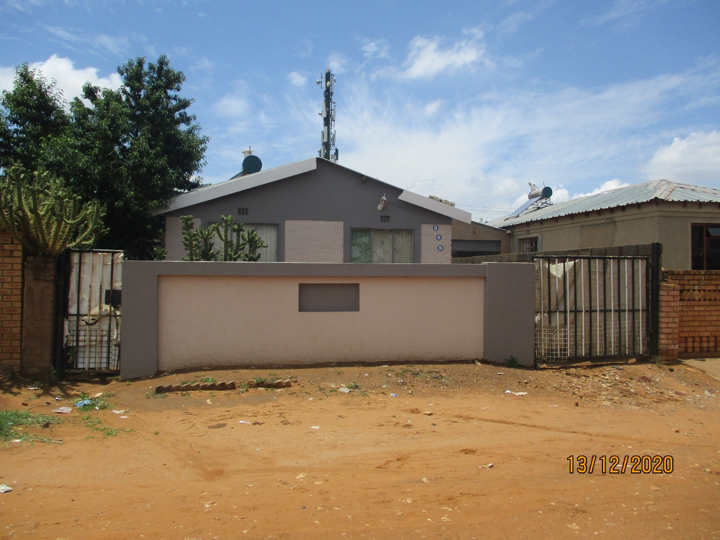 1 Bedroom House For Sale in Tshepisong