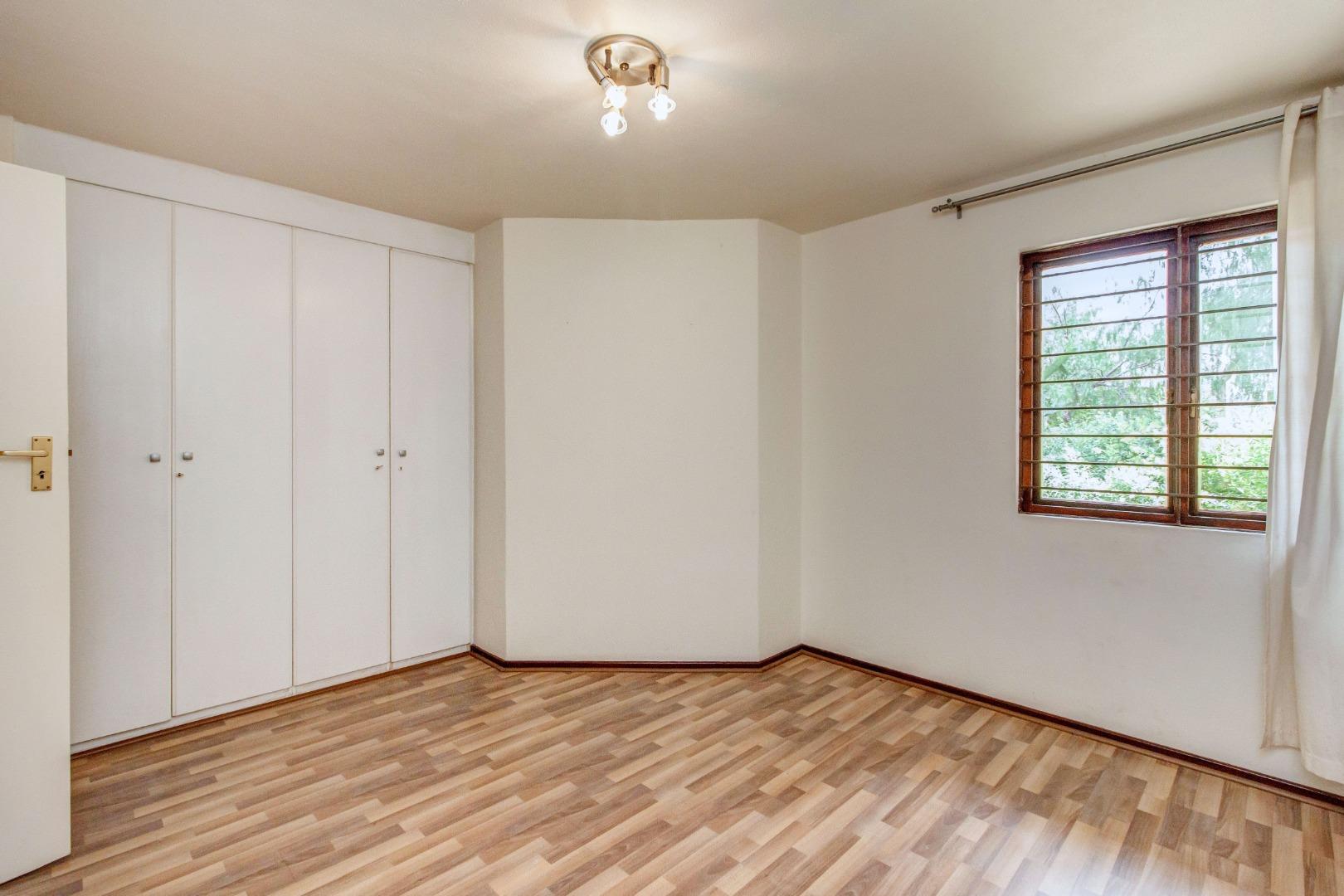 2 Bedroom Apartment / Flat For Sale in Paulshof