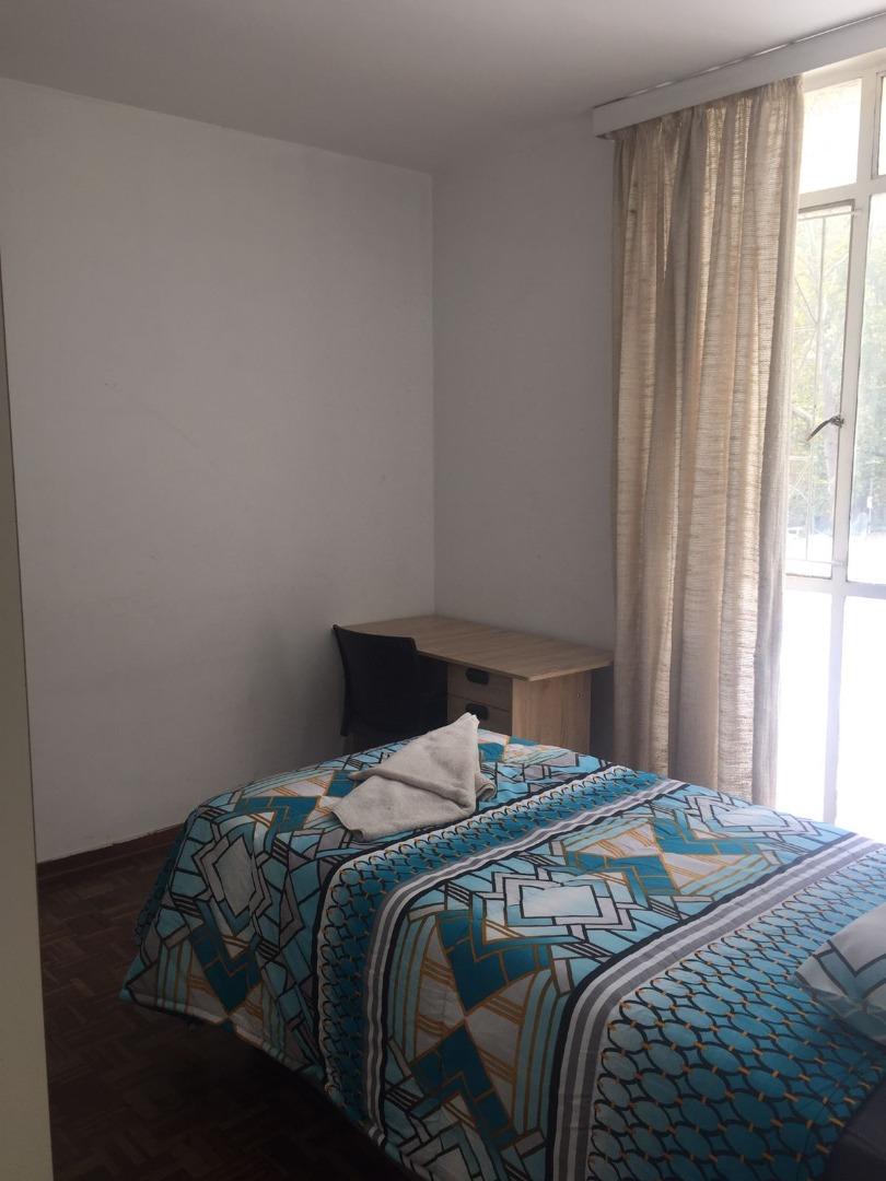 3 Bedroom Apartment / Flat To Rent in Braamfontein