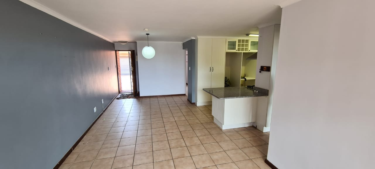 3 Bedroom Apartment Flat To Rent In South End Re Max Of Southern Africa