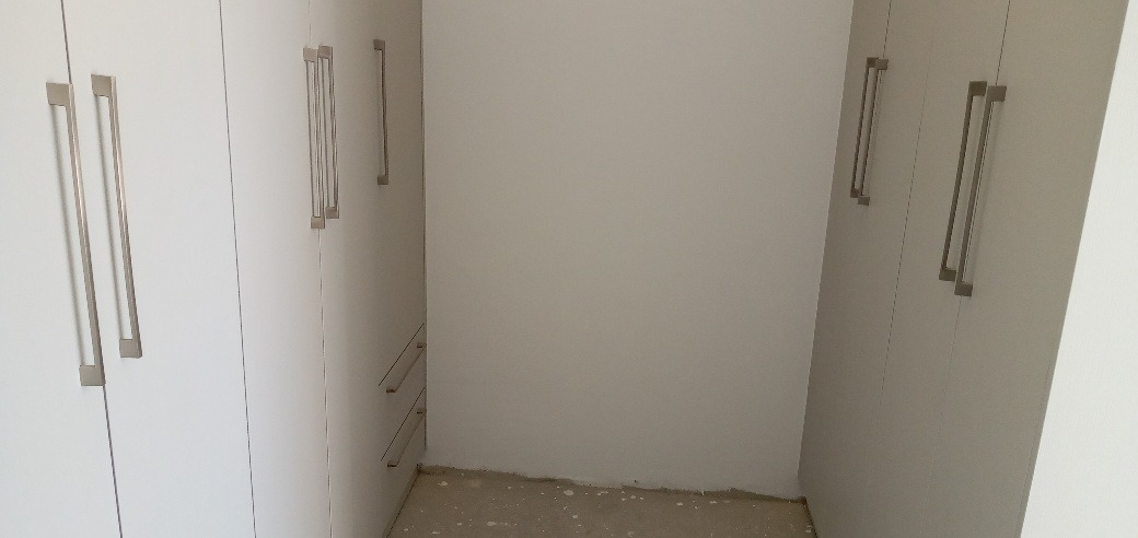 4 Bedroom House For Sale in Sandown