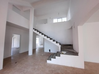 6 Bedroom House For Sale in Balaclava