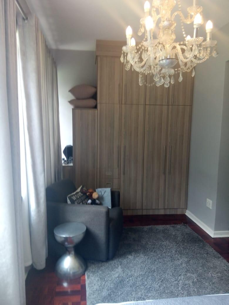 1 Bedroom Apartment / Flat To Rent in Rosebank