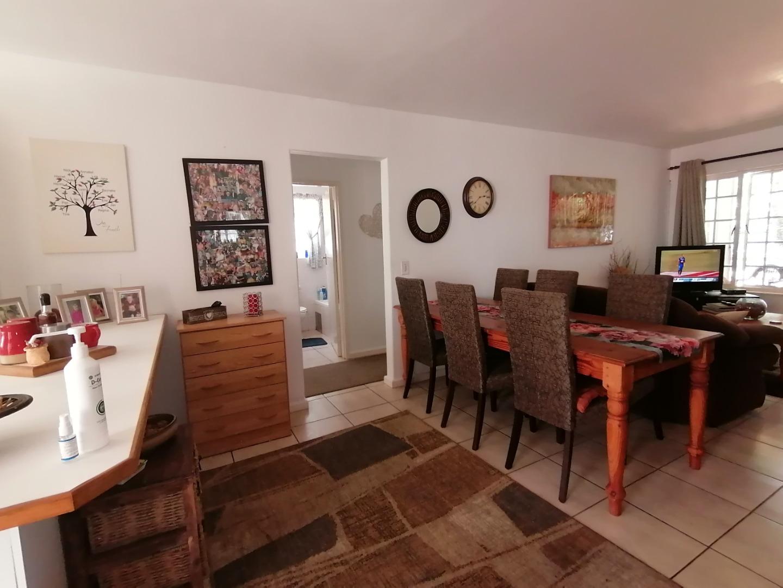 2 Bedroom Townhouse For Sale in Die Boord