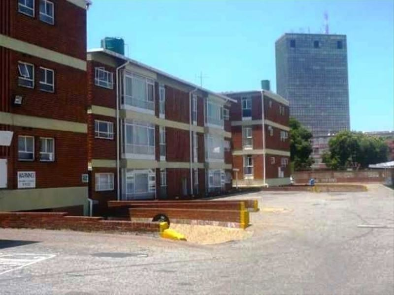 3 Bedroom Apartment / Flat For Sale in Kempton Park Central