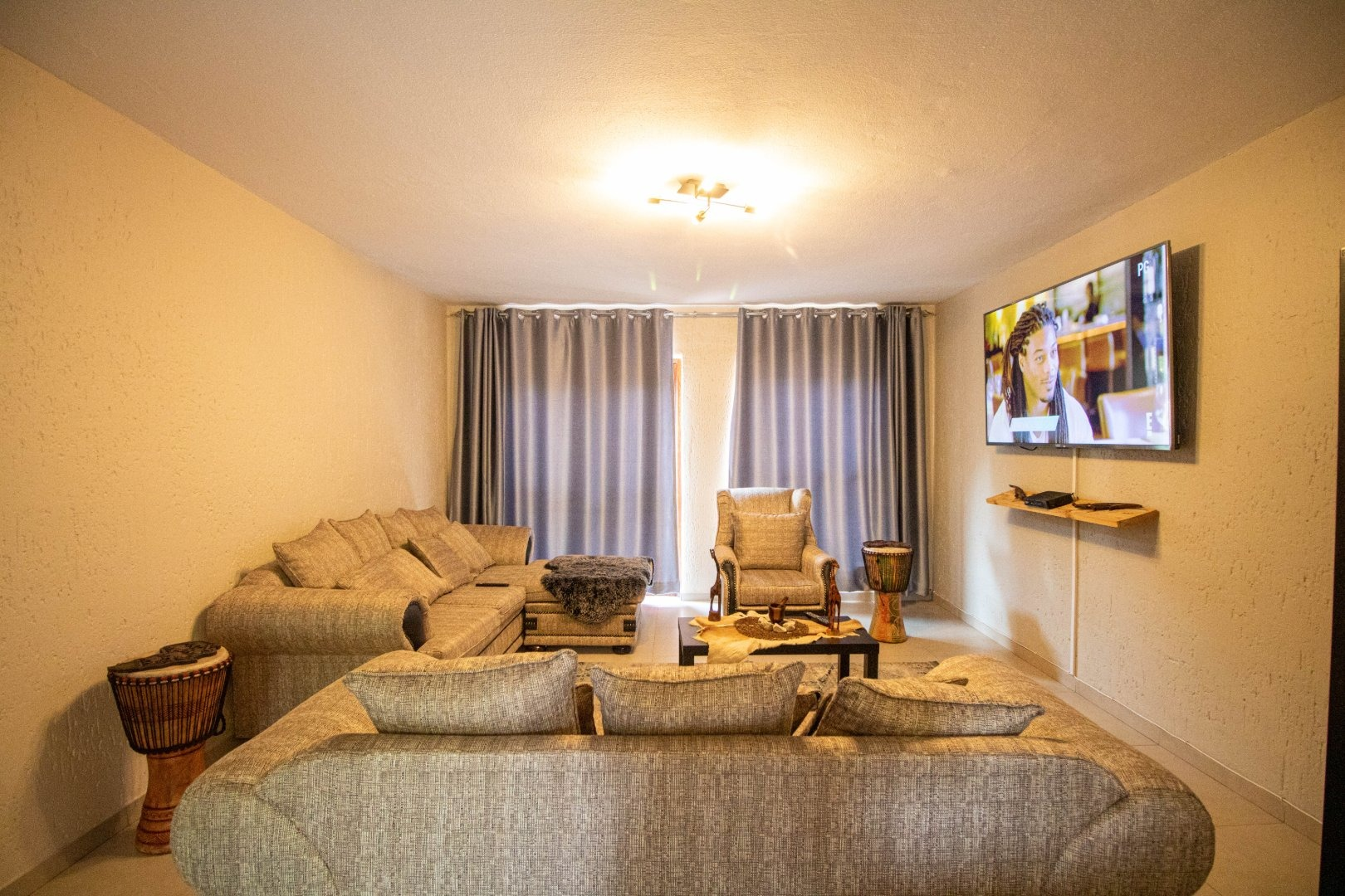 2 Bedroom Apartment / Flat For Sale in New Market Park
