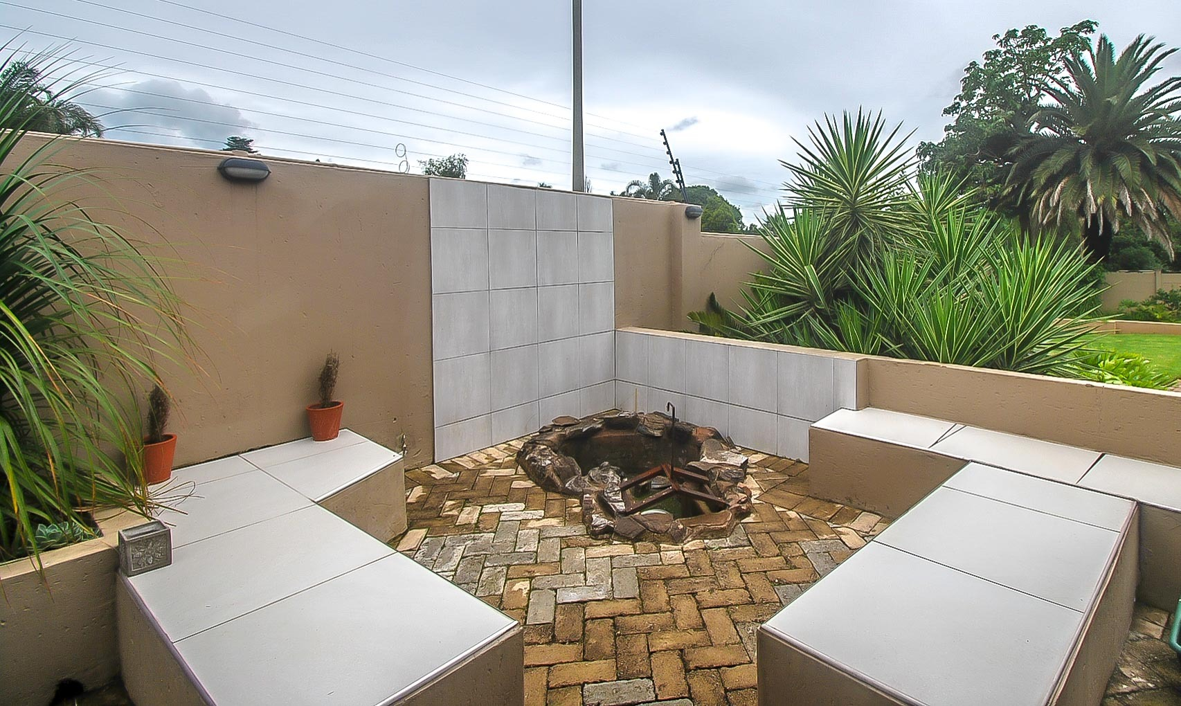 5 Bedroom House For Sale in Weltevreden Park