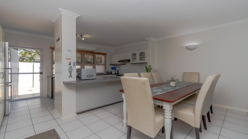 3 Bedroom Apartment / Flat For Sale in Ballito Central