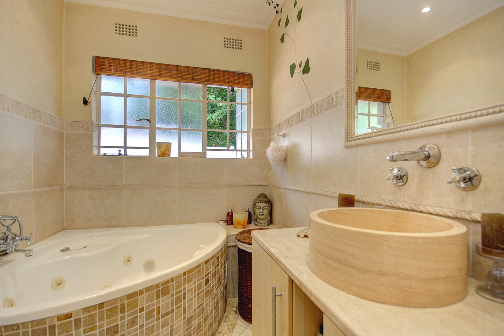 4 Bedroom House For Sale in Ferndale