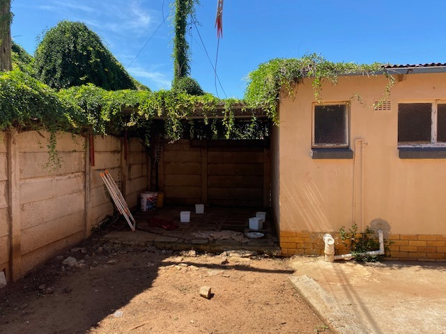 3 Bedroom House For Sale in Stilfontein
