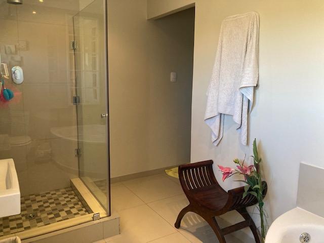 3 Bedroom House To Rent in Melkbosstrand Central