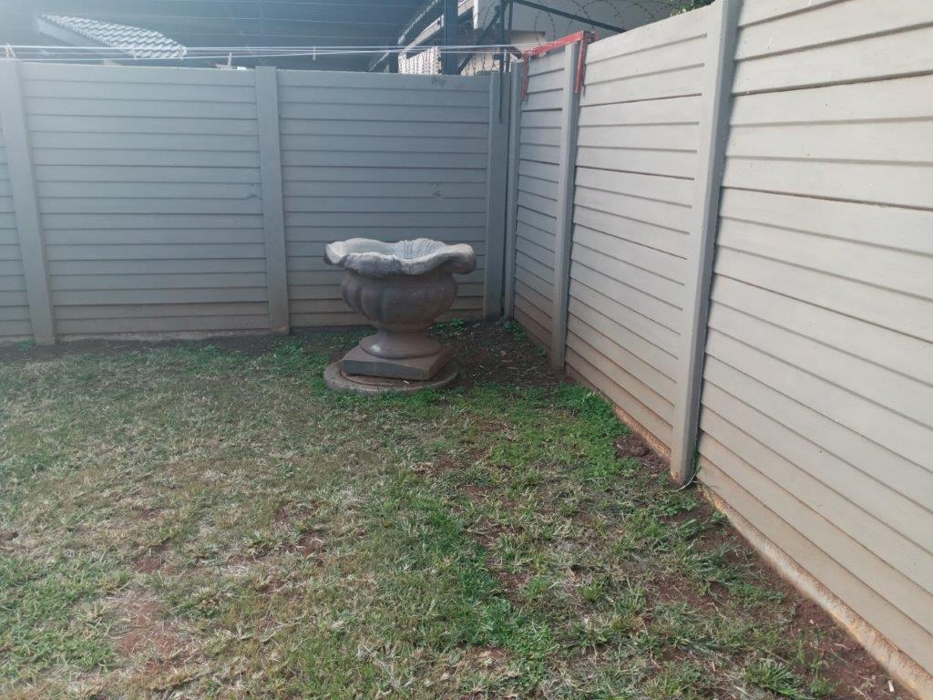 2 Bedroom House For Sale in Huntingdon