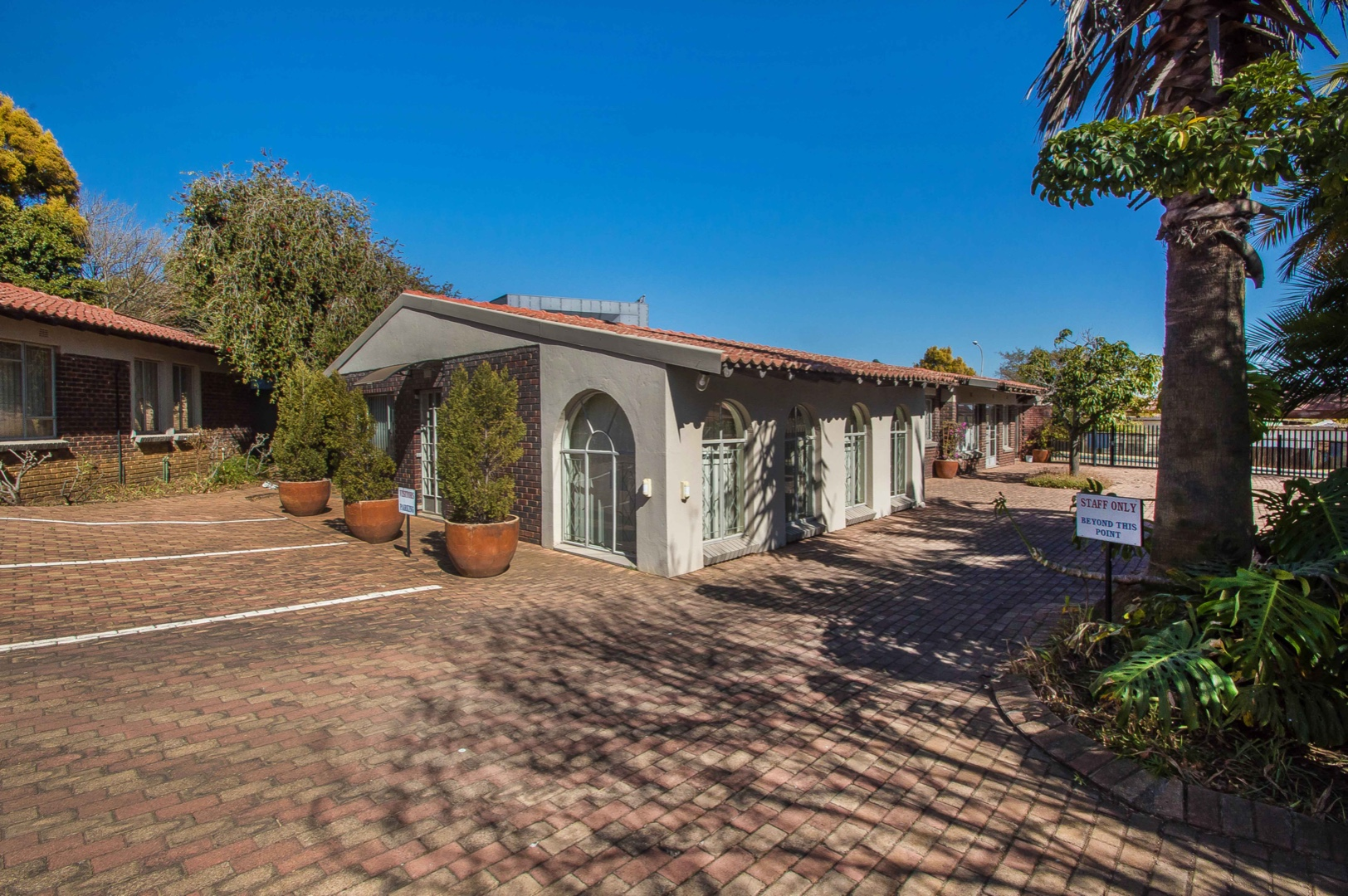 Commercial Property in Northcliff For Sale