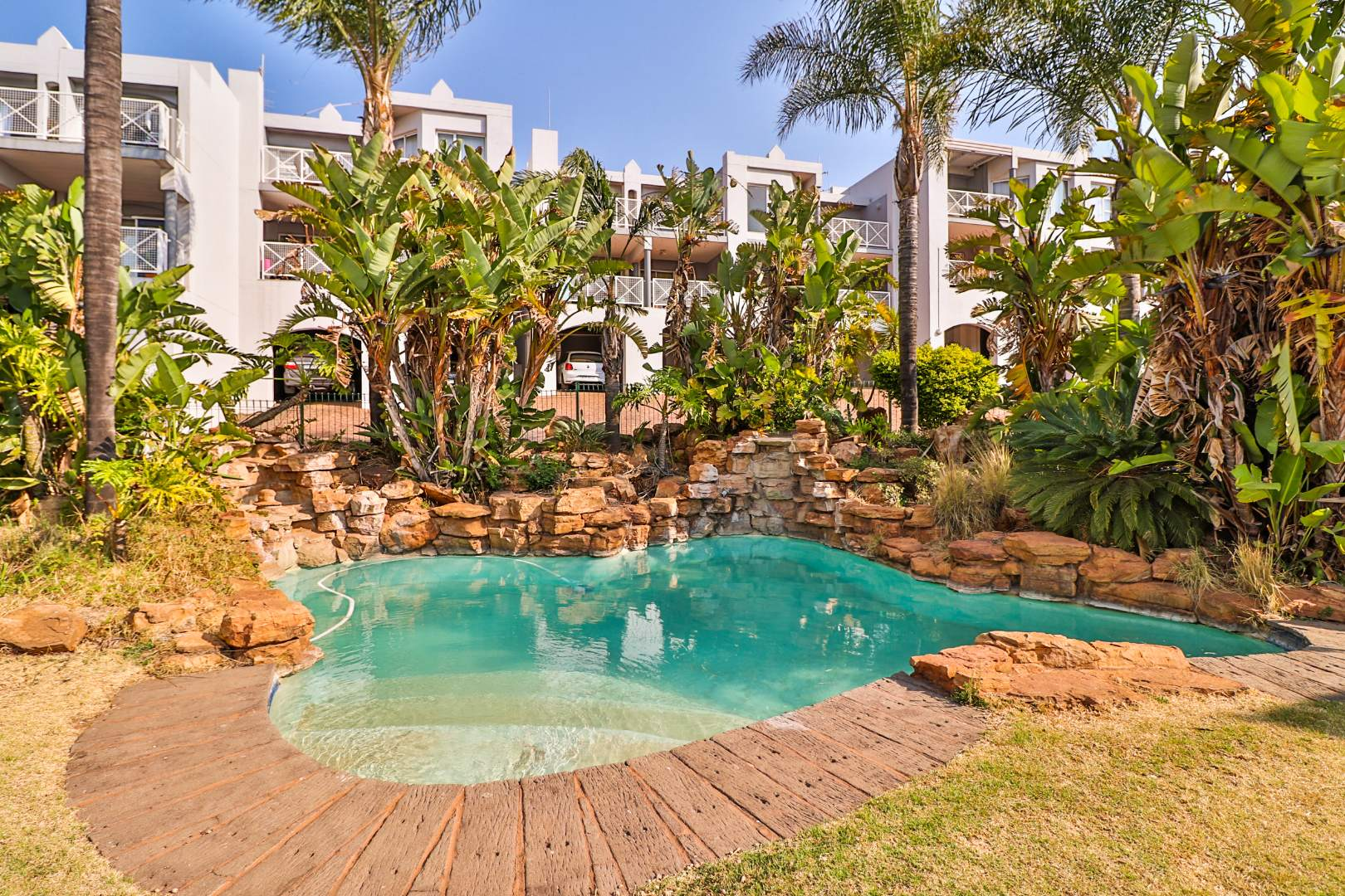 2 Bedroom Townhouse For Sale in Northcliff