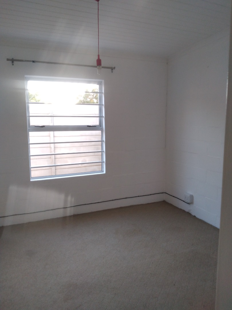 5 Bedroom House For Sale in Jamestown