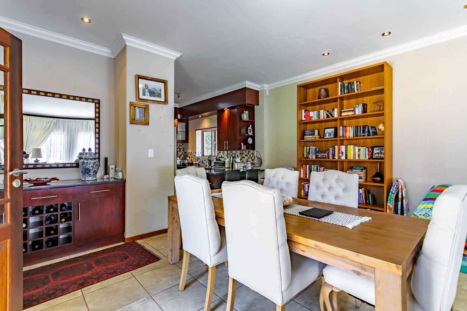 4 Bedroom House For Sale in Olympus AH