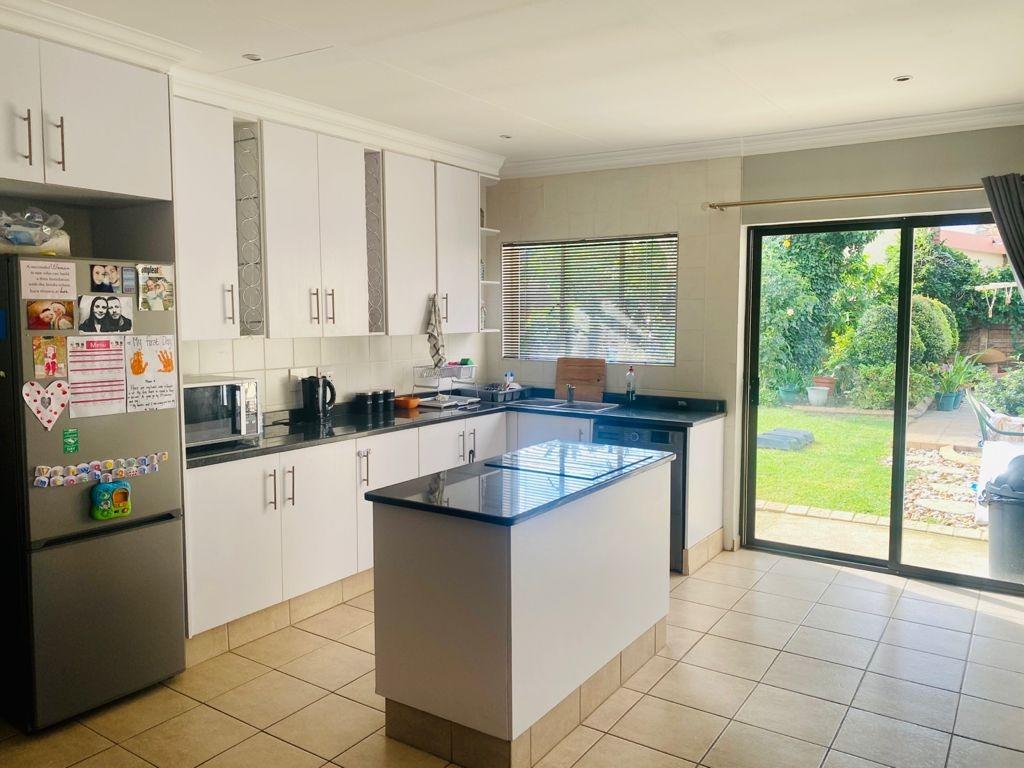 3 Bedroom House For Sale in Randhart