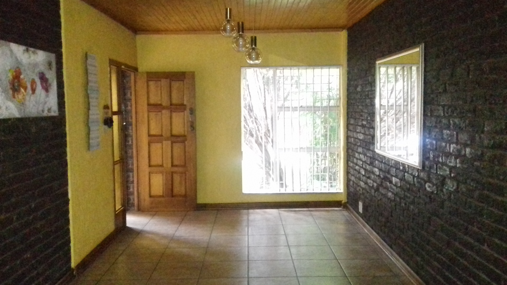 4 Bedroom House For Sale in Flora Gardens